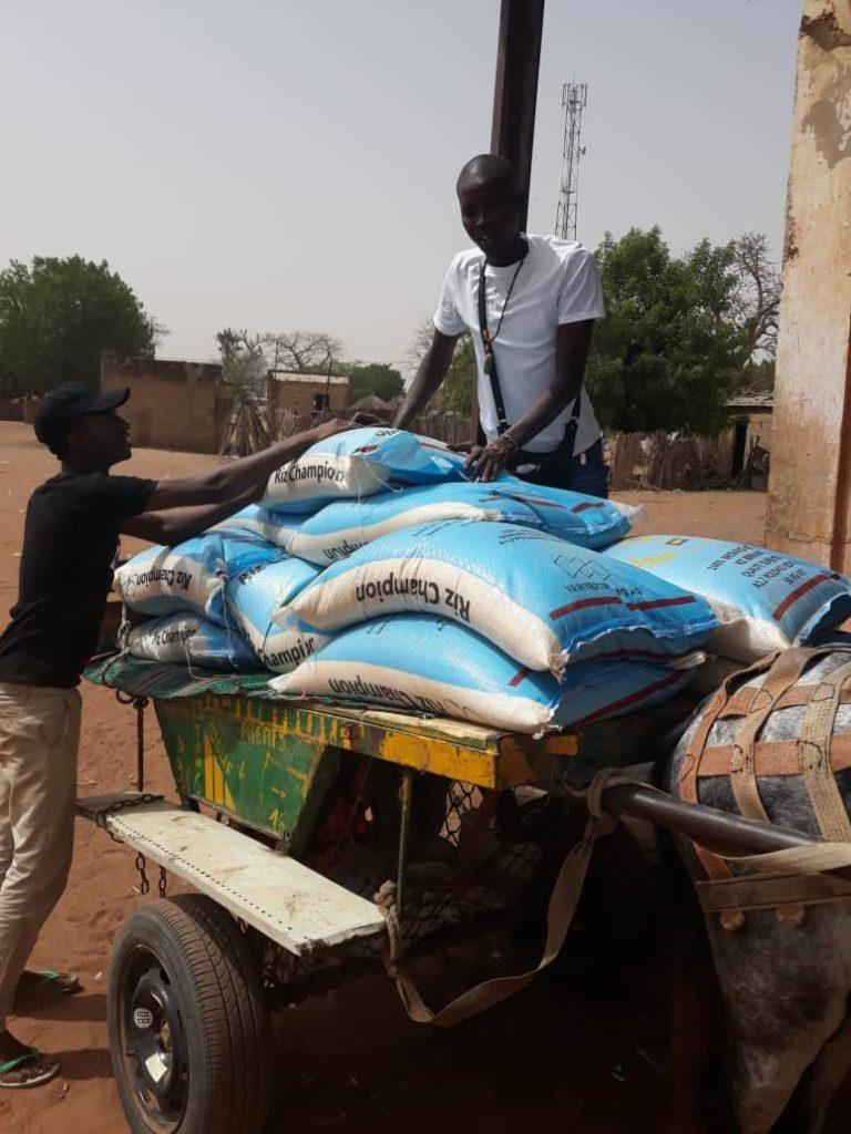 Comenzamos la entrega de arroz a las familias